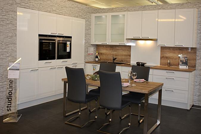Küche weiß hochglanz landhaus  Küchenstudio Niederrhein - Ausstellung in Kleve & Sonsbeck (Kreis ...